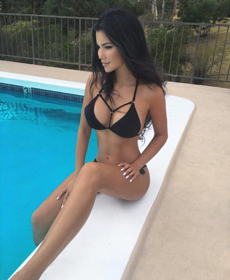 Get Motivated by Fit Girls seen on badchix.com