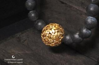 Juwelenatelier-Luppold_Blätterkugelanhänger__Baden-Baden_Juwelenatelier Luppold 001