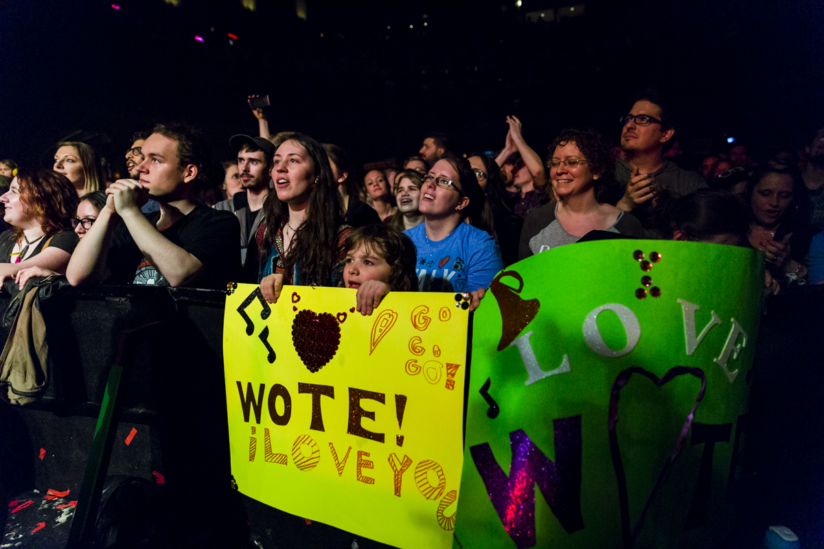 Photos: Viral sensations Walk off the Earth rocked a sold ...