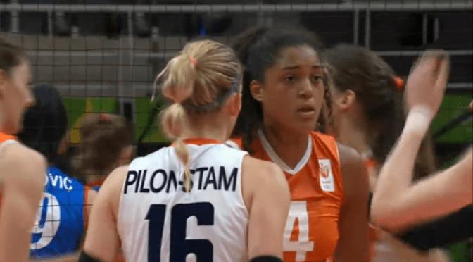 Volleybalsters tonen veerkracht en verslaan Servië.