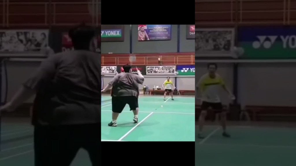 maxresdefault 30 - SIZE DOES NOT MATTER! ANYONE CAN PLAY BADMINTON 😍. LET'S ENCOURAGE HIM TO CONTINUE PLAYING ❤️