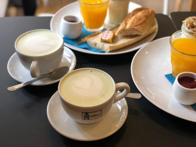 Matcha latte au café bretelle