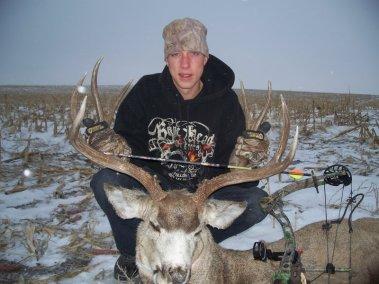 deer-hunting-2008_3267326838_l