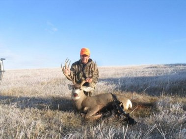 deer-hunting-2010_5657674290_l