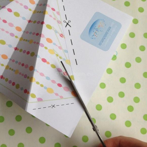 Stap 6: knip de kerstboom uit.