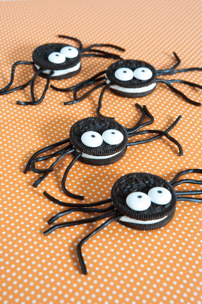 Knutselen Halloween - SPIN koekjes I te vinden op het creatief lifestyle blog Badschuim