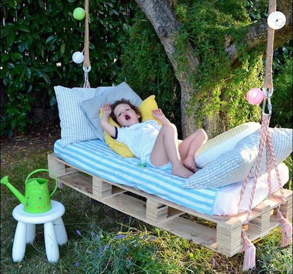 De 10 mooiste hangstoelen (voor in je tuin)