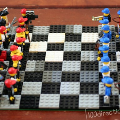 De 10 leukste DIY LEGO spelletjes - vakantie anti verveel tips