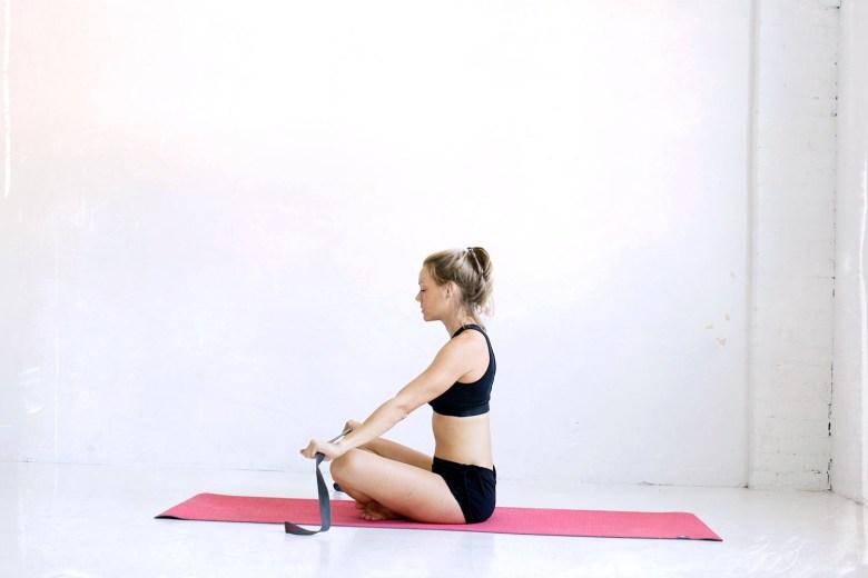 manduka eko lite yoga mat and manduka yoga strap