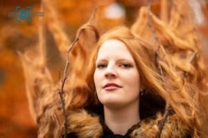 Shooting-Baer.Photos-Fotograf-Holger-Bär-Model-Rebecca-Redhair-Rote-Haare-Herbst-Farben