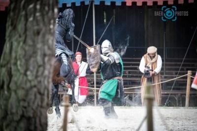 Events-Ritter-Reiter-Pferd-Kampf-Feuer-Ritterspiele-Mittelaltermarkt-Burg-Satzvey-Baer.Photos-Fotograf-Holger-Bär