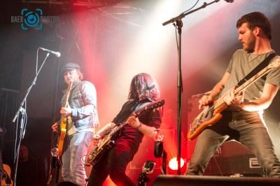 Konzert-Musik-Live-Baer.Photos-Fotograf-Holger-Bär-Gitarren-Bühne