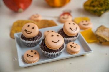 Schokoladen Karamell Cupcakes mit Orangen Macaron