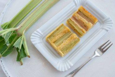 Rhabarber Buttermilch Kuchen