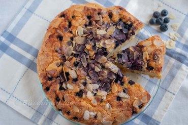 Heidelbeer Kuchen mit Zucker Mandel Kruste