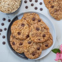 Knusprige Haferflocken Schoko Cookies
