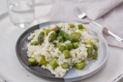 Risotto mit grünem Spargel und Parmesan
