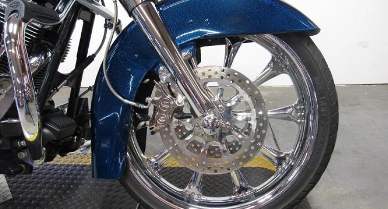 2004-used-harleyroad-king-flhrsi-u4880-wheel