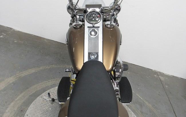 2005-Harley-davidson-Road-King-FLHRCi-U4342-back
