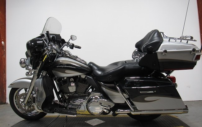 2013 Used Harley Davidson Electra Glide CVO U4829