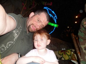 Amélie and Daddy at the Rainforest Café