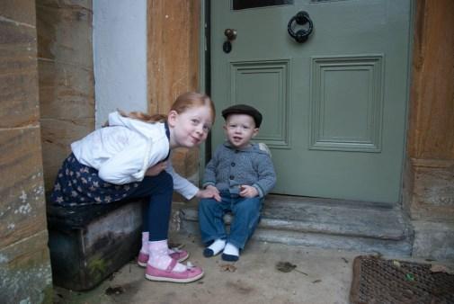 Éowyn and Ezra on the doorstep