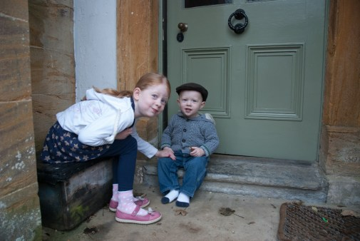 Éowyn and Ezra on the doorstep