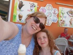 Mommy and Amélie enjoying a gelato