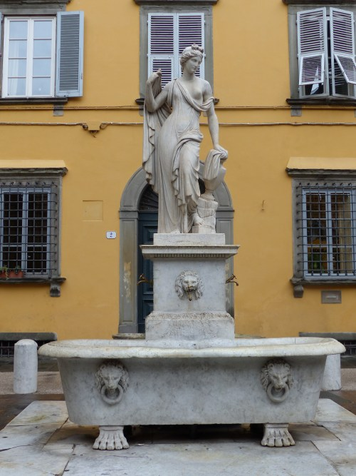 Water fountain Lucca