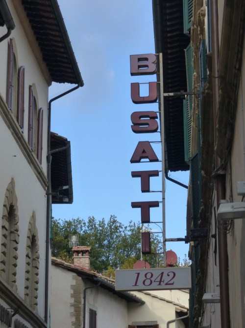 Busatti