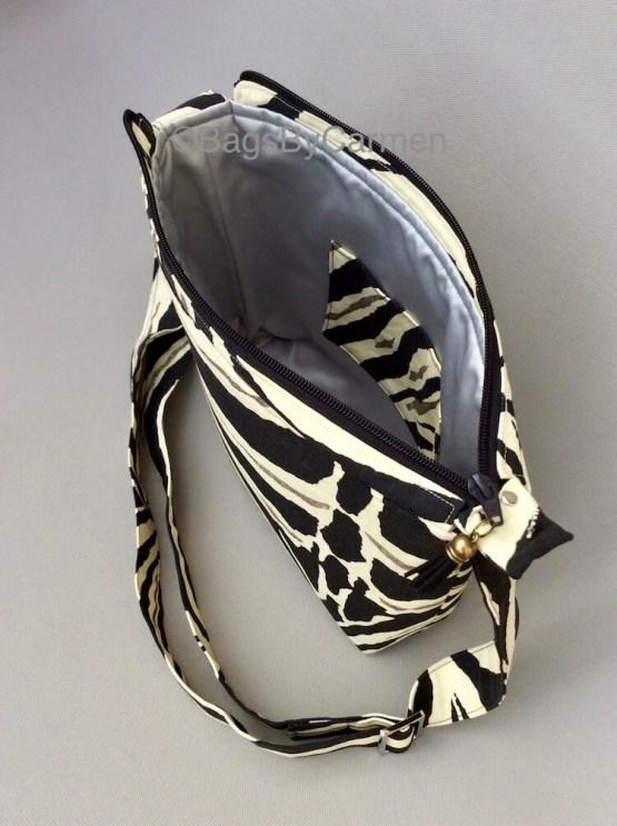 Black and White_Zebra_Handmade_Shoulder Bag_Side