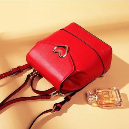 Designer heart red 1