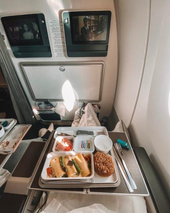 Eten bij Premium Economy van Cathay Pacific