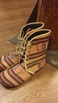 ナガ族ブーツ