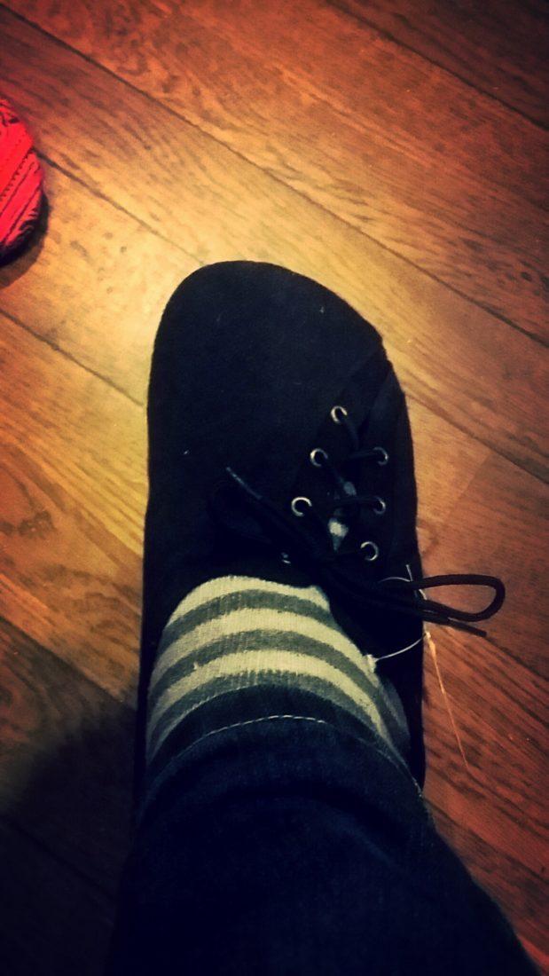 エスニックな靴