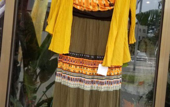 残暑そろそろ秋風のエスニックファッションコーデ
