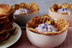 Birkesvafler med blåbærskum - Bagvrk.dk