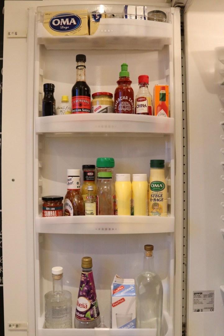 Køleskabslåge rengøring af køleskab mandagstip Bagvrk.dk