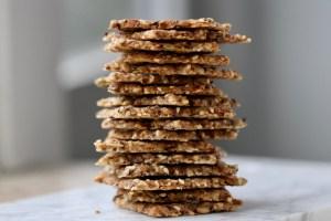 Knækbrød med frø lavformat Bagvrk.dk