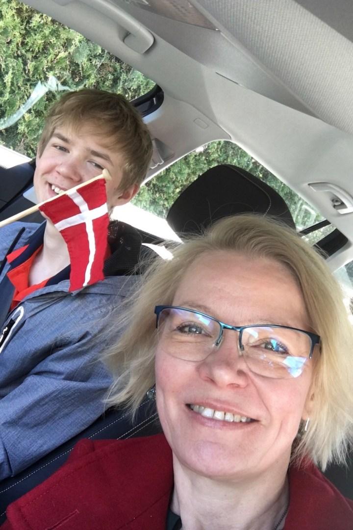 August og jeg på vej for at hente de karantæneramte Bagvrk.dk
