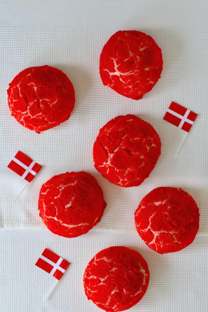 Rød hvide farvede sandwichboller flag Bagvrk.dk
