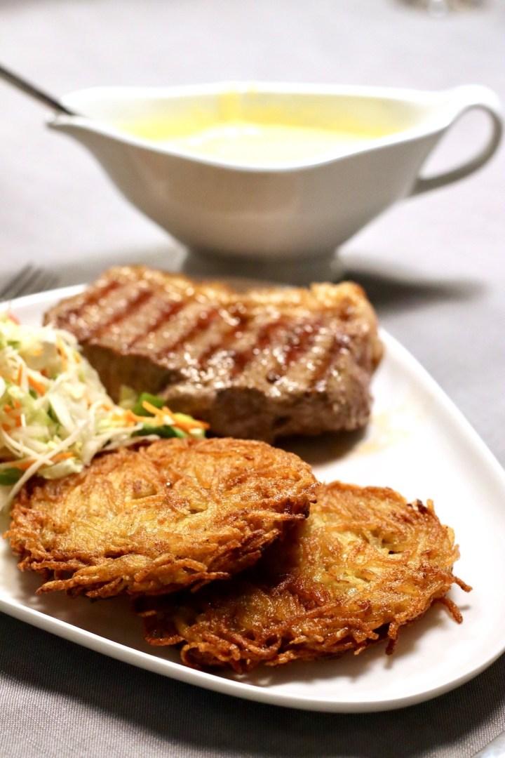 Pommes rösti med steak og salat Bagvrk.dk