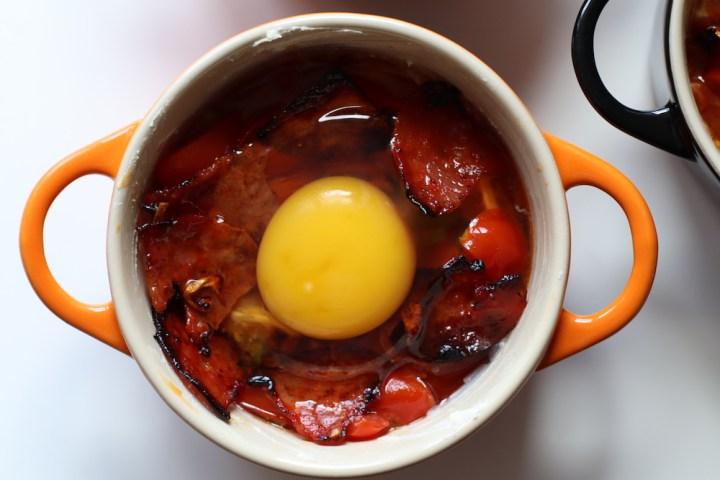 Le Creuset minigryde med æg i cocotte Bagvrk.dk