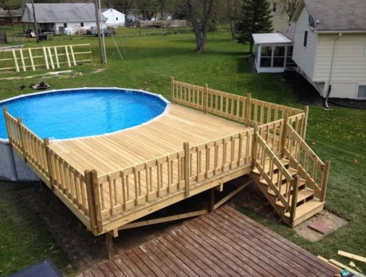Pool Deck with One Ladder