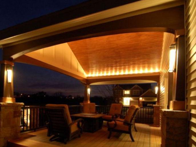 Deck Roof with Corner Lighting
