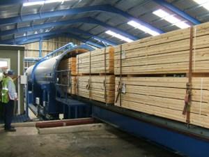 tips memilih cara mengawetkan kayu