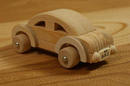 miniature mobil kayu