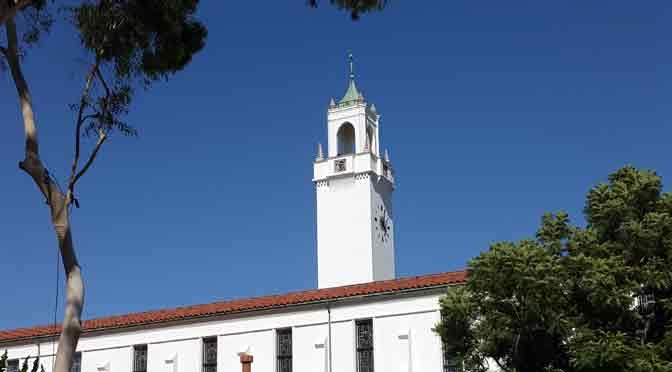 Loyola Marymount, donde convergen los jesuitas y una joven estrella de YouTube