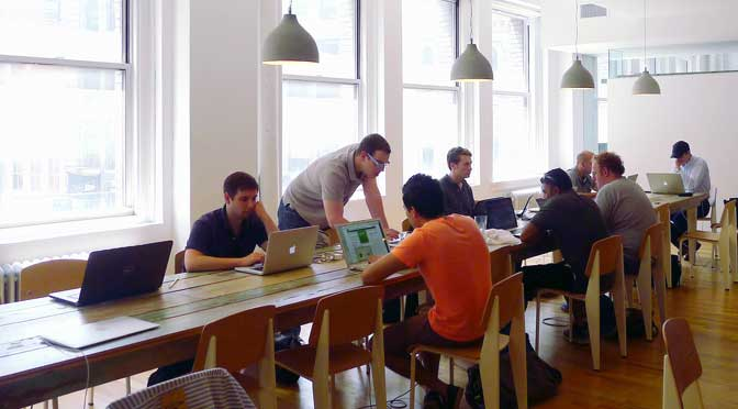 Crecen los adeptos y lugares de «coworking» en la Argentina
