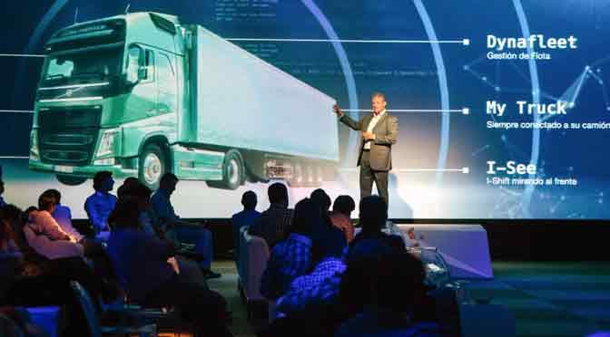 """Volvo convierte en """"inteligentes"""" a sus camiones para cambiar al transporte de carga"""